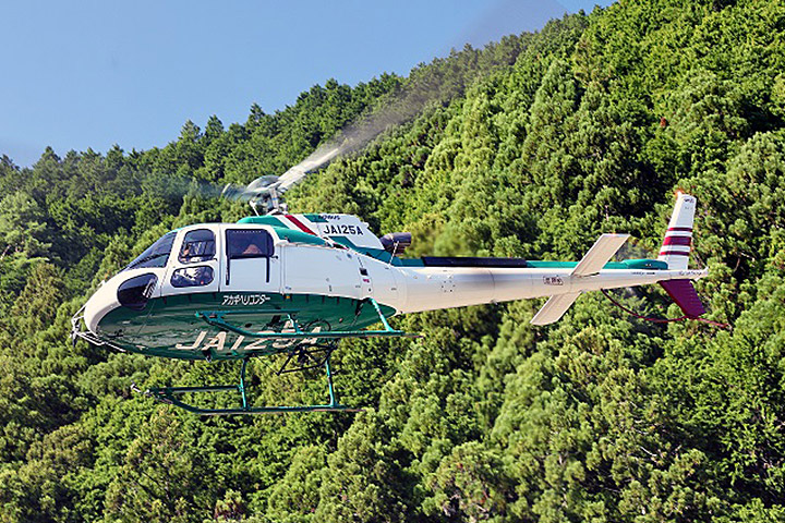 AIRBUS HELICOPTERS AS350B3(H125) flight image